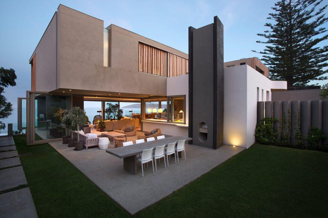 Kiến trúc nhà đẹp như tranh nhìn ngắm ra biển - Ảnh 08