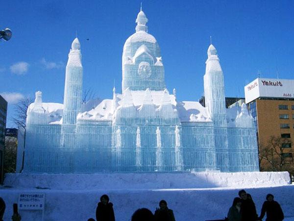 Chiêm ngưỡng cung điện băng tuyệt đẹp Ice Palace. 01