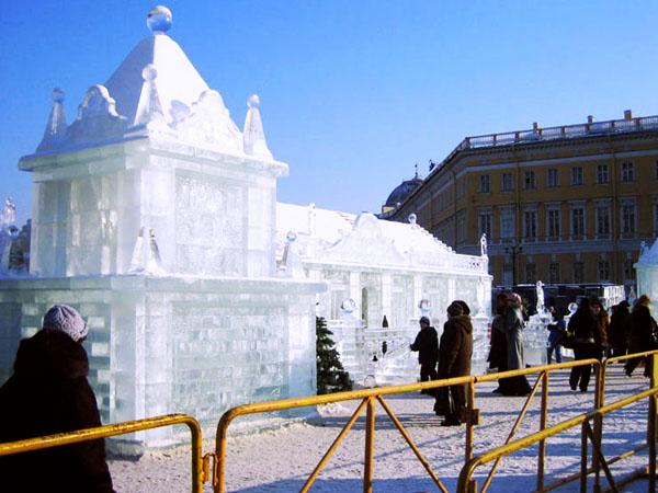 Chiêm ngưỡng cung điện băng tuyệt đẹp Ice Palace. 02