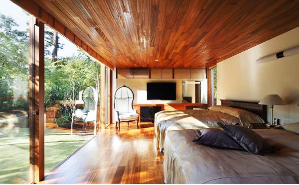 Không gian xanh ôm trọn thiết kế nhà đẹp. Ảnh 06