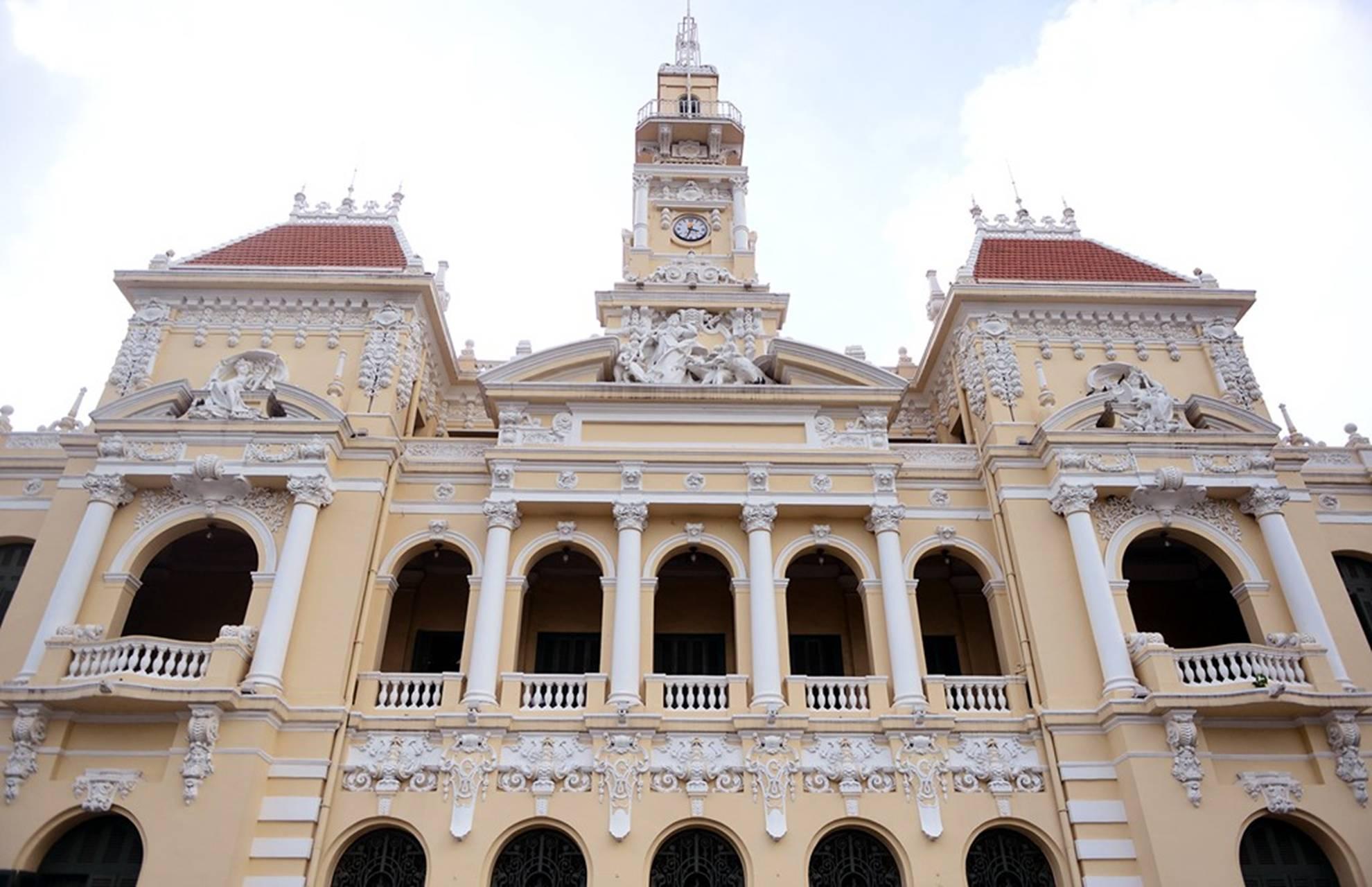 Ấn tượng nét kiến trúc phố đi bộ Nguyễn Huệ.03