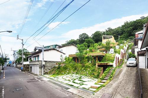 Nhà đẹp 5 tầng với không gian xanh ôm trọn - Ảnh 01