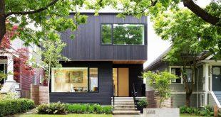 Nhà đẹp nổi bật ốp bằng gỗ màu đen tuyền - Ảnh 01