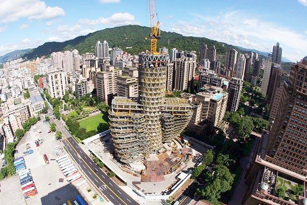 Kiến trúc tòa tháp cấu trúc xoắn ốc độc đáo.2