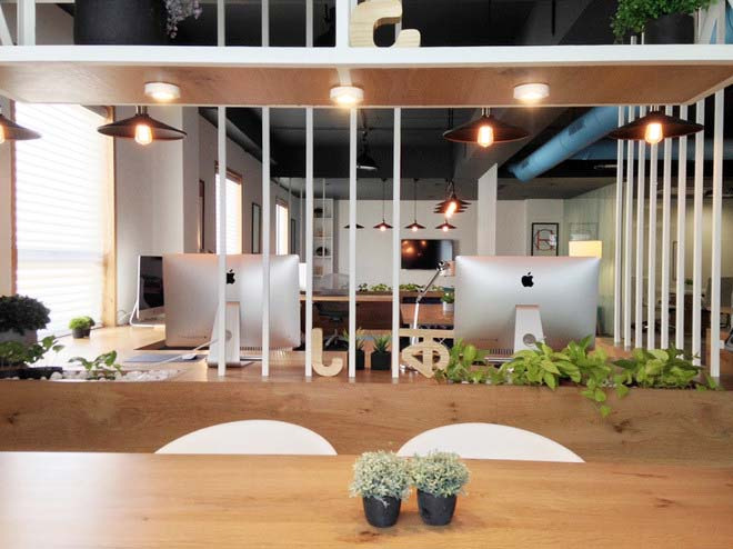 Văn phòng làm việc hiện đại có không gian xanh mướt.05