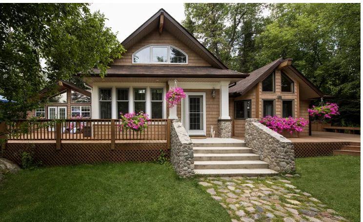 Ngôi nhà gỗ đẹp như mơ ấm cúng