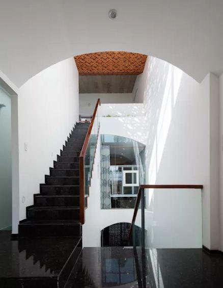 Nhà phố đẹp 3 tầng 4x15m thiết kế độc đáo. 2