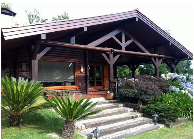 Mẫu thiết kế nhà đẹp bằng gỗ ấn tượng. 2