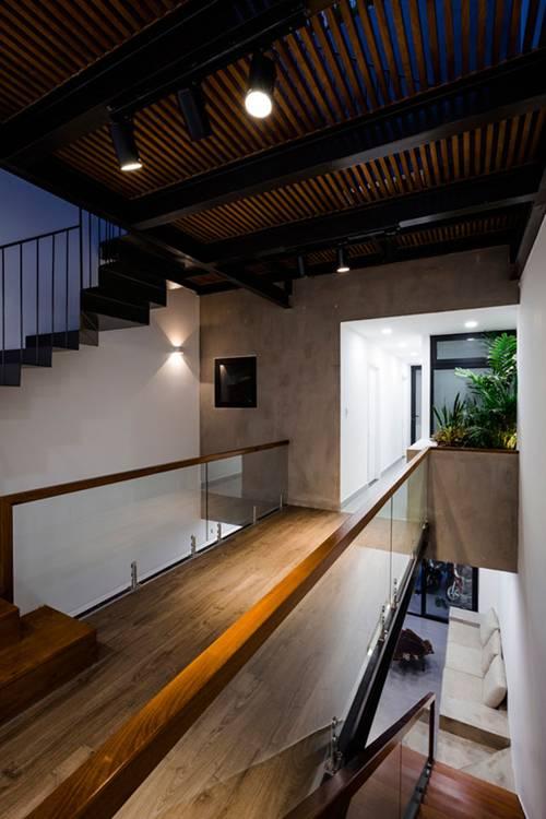 Nhà ống 3 tầng thiết kế tràn ngập ánh sáng được báo Mỹ ca ngợi. 4