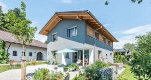 Nhà vườn 2 tầng nội thất giản dị tinh tế