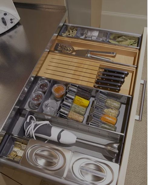 Thiết kế không gian bếp ngăn nắp và tiện dụng. 3