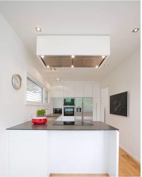 Thiết kế không gian bếp ngăn nắp và tiện dụng. 5