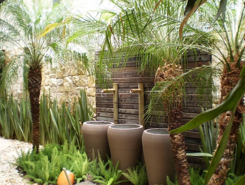 mẫu vườn nhỏ xinh phong cách nhiệt đới