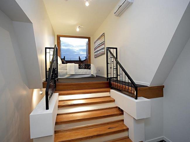 Thiết kế cầu thang nhà ống đảm bảo kỹ thuật